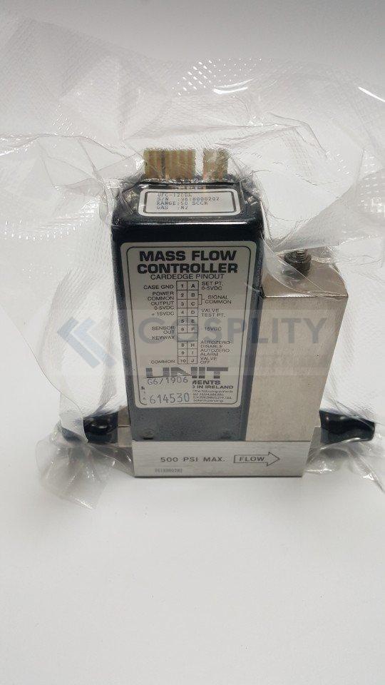UNIT UFC-1200A MASS FLOW CONTROLLER GAS N2 / 50SCCM