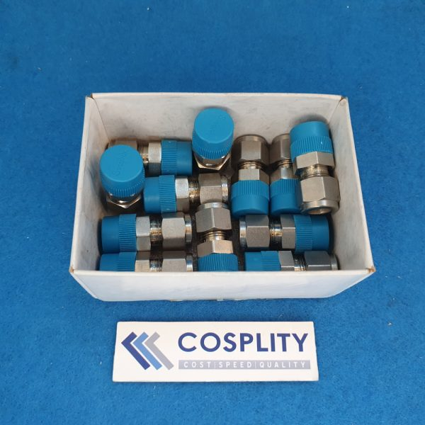 SWAGELOK SS-600-1-6 MALE CONNECTOR 3/8 TUBE X 3/8 MALE PIPE LOT OF 12
